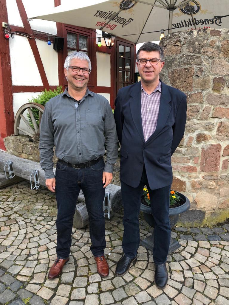 Bilduntertitel: Wolfgang Schönhals neuer Vorsitzender und Dr. med. habil. Hartmut Printz neuer Stellvertreter der CDU-Kirtorf  (Bild: CDU Kirtorf)